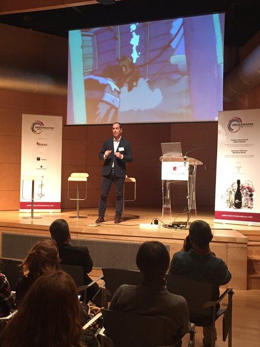 El 12 y 13 de diciembre organizamos en Bilbao y Plentzia el I Encuentro Internacional de Enología Submarina, Underwater Wine Congress 2019